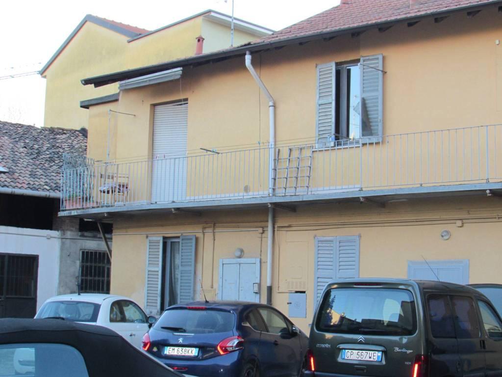 Appartamento da ristrutturare in vendita Rif. 9257455