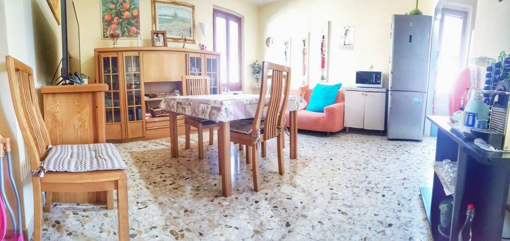 Appartamento di CINQUE VANI con TERRAZZO ABITABILE