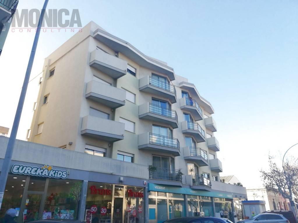 Appartamento in ottime condizioni in vendita Rif. 9260599