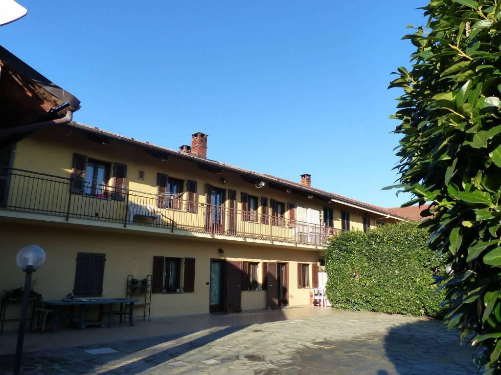 Rustico / Casale in ottime condizioni in vendita Rif. 9260081