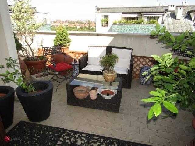 Appartamento in ottime condizioni in vendita Rif. 9258467