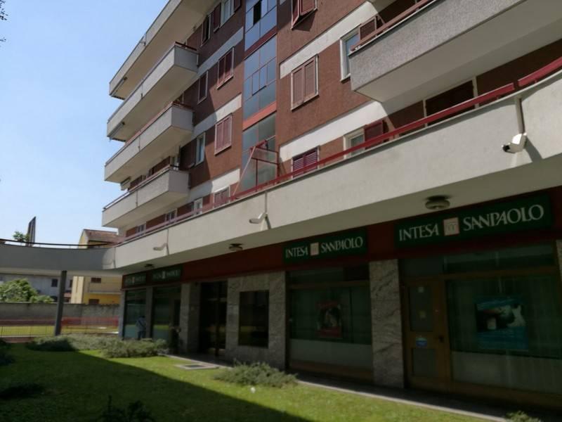 Appartamento in ottime condizioni in affitto Rif. 9254465
