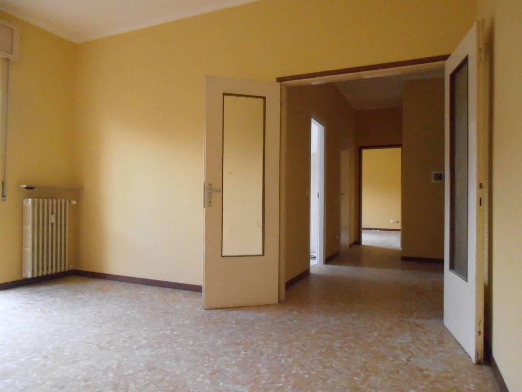 Appartamento in ottime condizioni in vendita Rif. 9260466