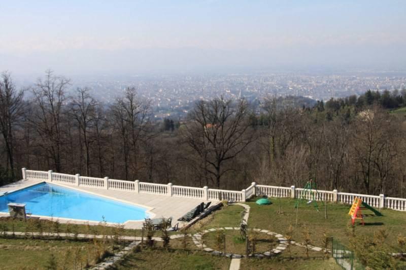 Appartamento in affitto a Pecetto Torinese, 9 locali, prezzo € 2.000   CambioCasa.it