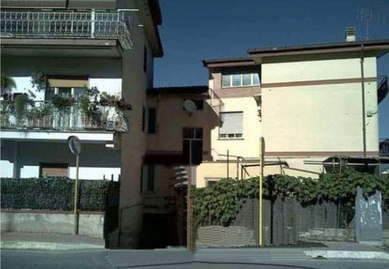 Appartamento in buone condizioni in vendita Rif. 9261334