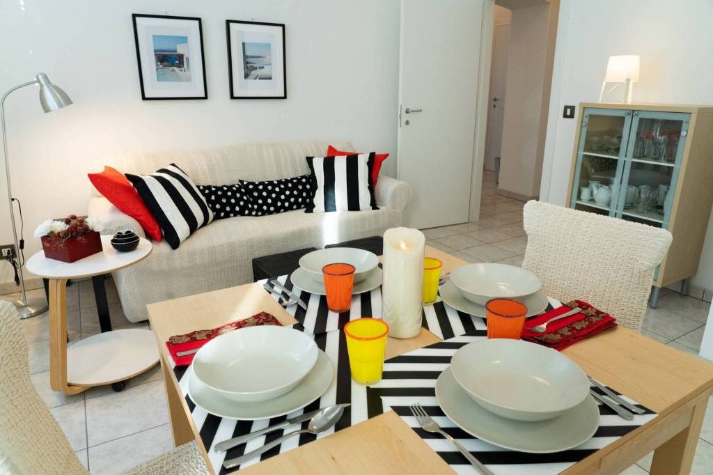 Appartamento in ottime condizioni arredato in affitto Rif. 9012111