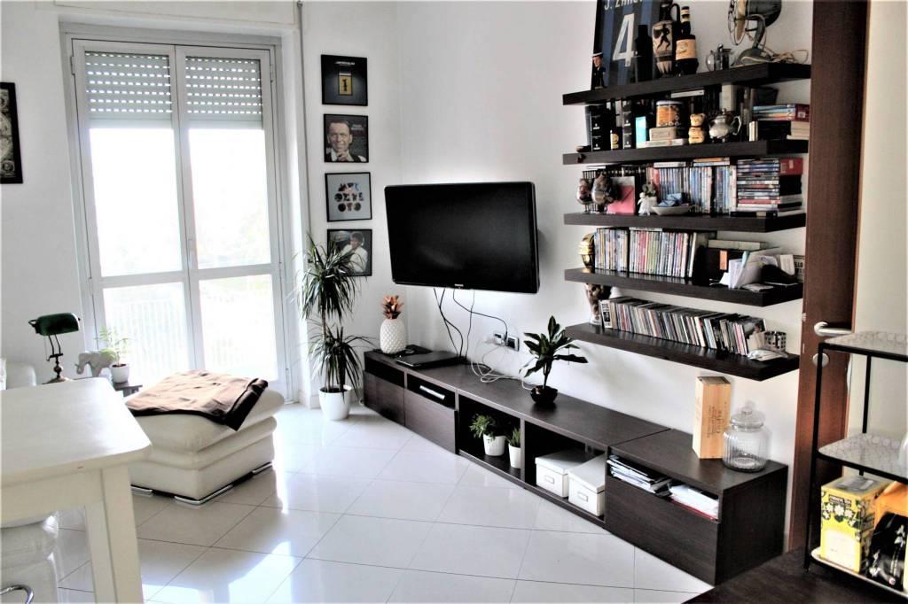 Appartamento in ottime condizioni arredato in vendita Rif. 9254579