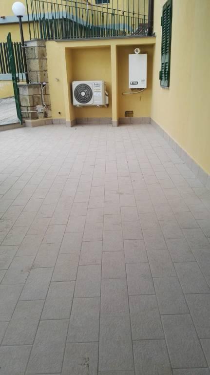 Appartamento in affitto a Pozzuoli, 3 locali, prezzo € 700   CambioCasa.it