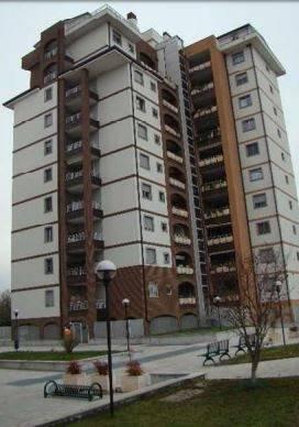 Appartamento in buone condizioni in vendita Rif. 9255349