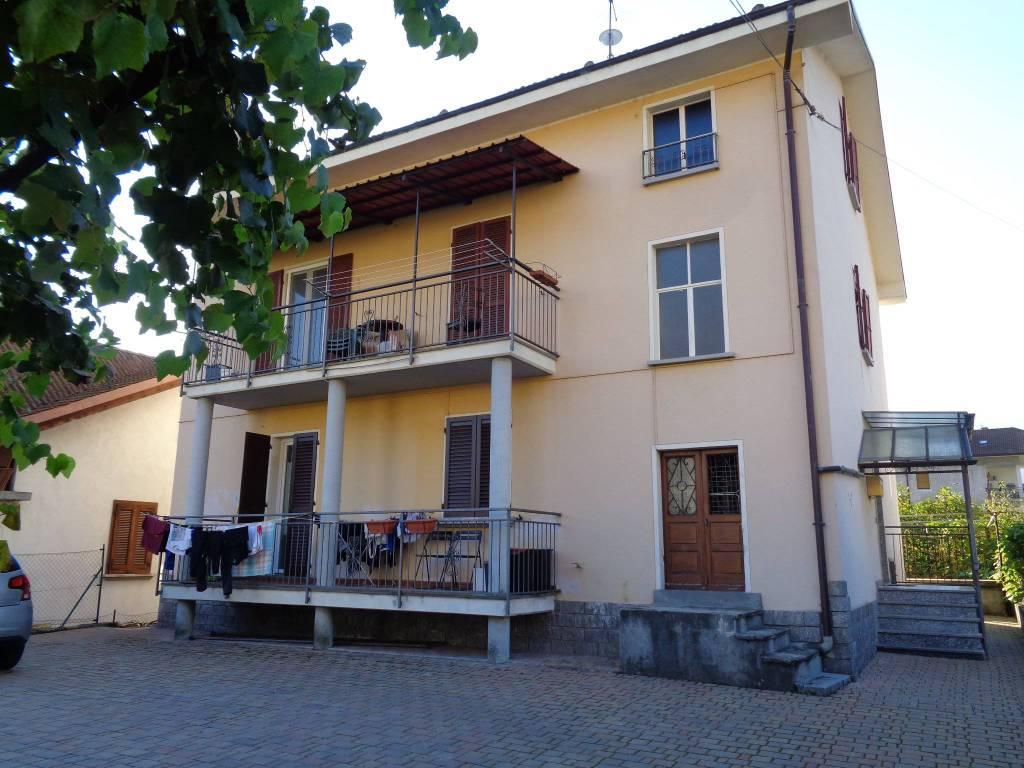 Appartamento - Via Como , 17