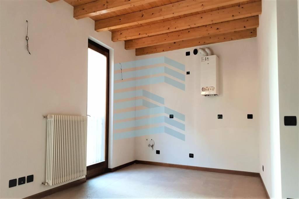 Appartamento in vendita a Nembro, 3 locali, prezzo € 135.000 | PortaleAgenzieImmobiliari.it
