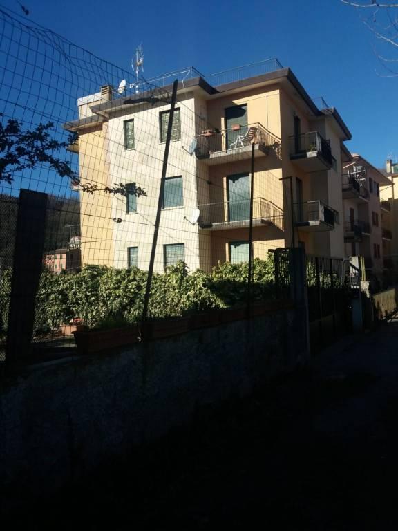 Foto 1 di Trilocale Frazione Chiappato, Lumarzo