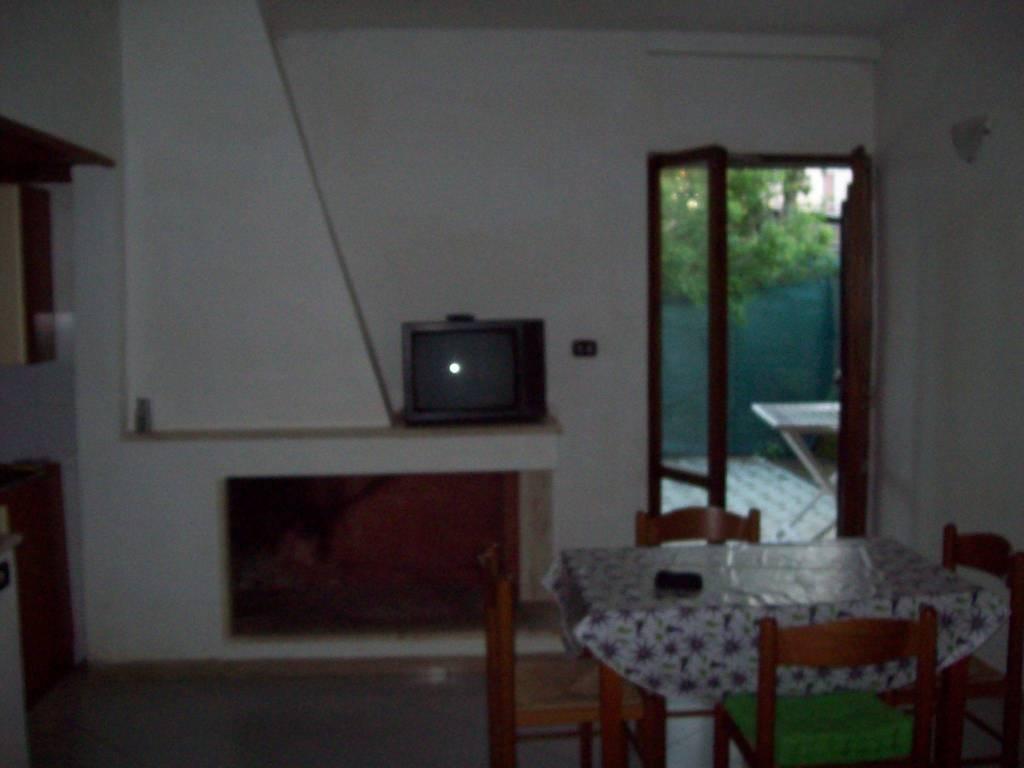 Appartamento da ristrutturare in vendita Rif. 9257517