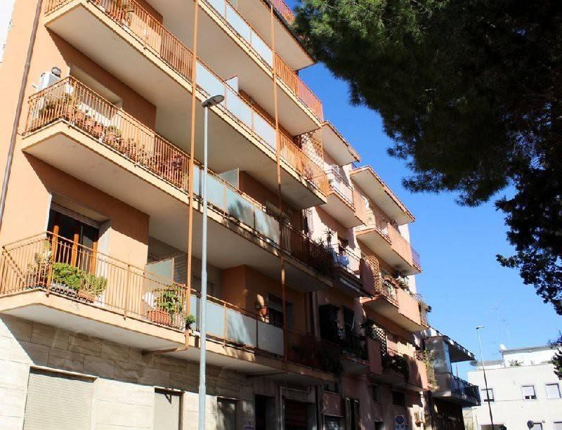 Appartamento da ristrutturare in vendita Rif. 9271290