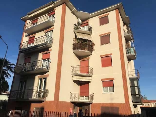 Appartamento in affitto a Cameri, 3 locali, prezzo € 500 | CambioCasa.it
