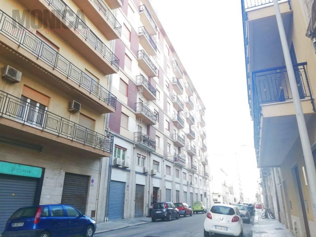 Appartamento in buone condizioni in vendita Rif. 9274891