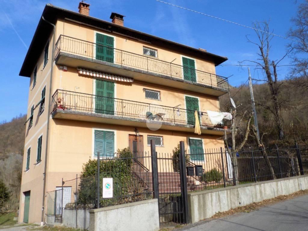 Appartamento da ristrutturare in vendita Rif. 9274003