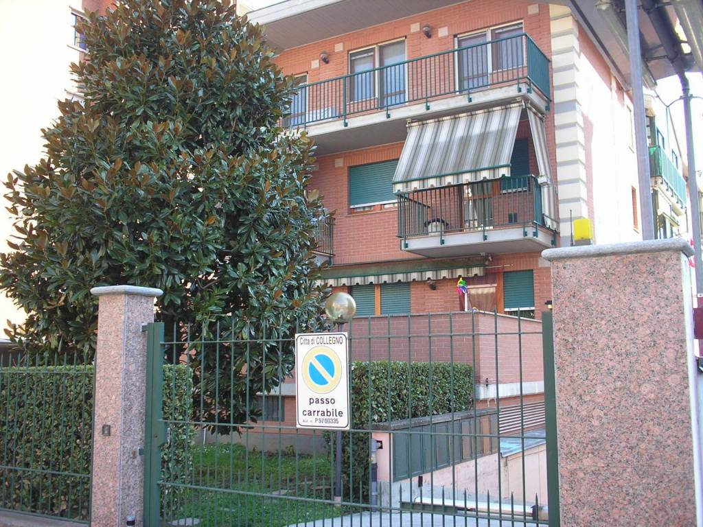 Appartamento in ottime condizioni in vendita Rif. 8562141