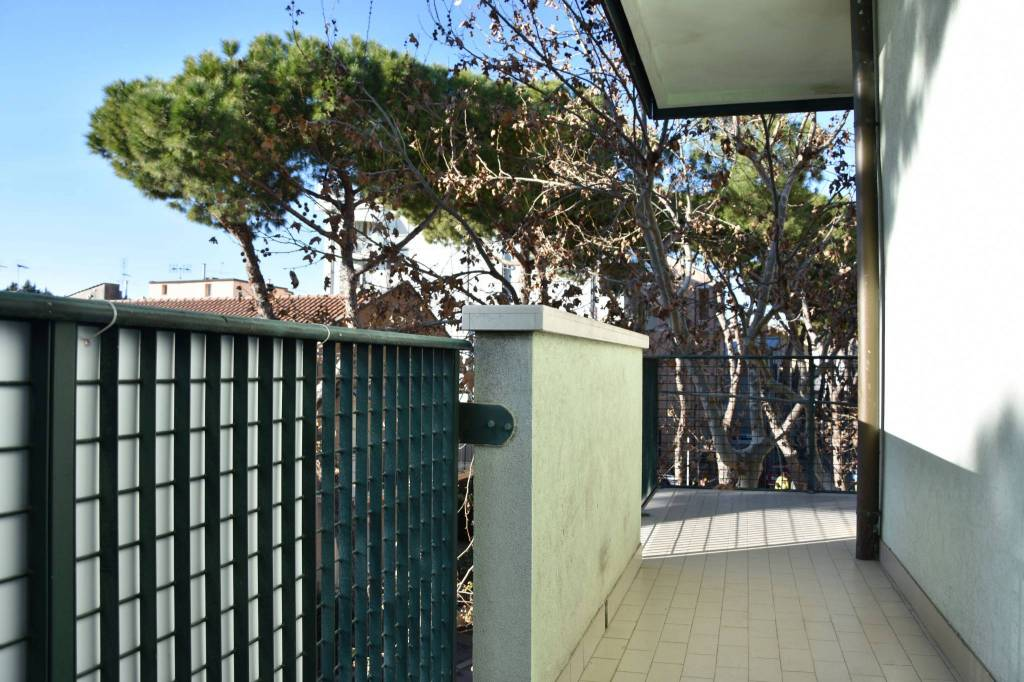 Appartamento in buone condizioni in vendita Rif. 9274946