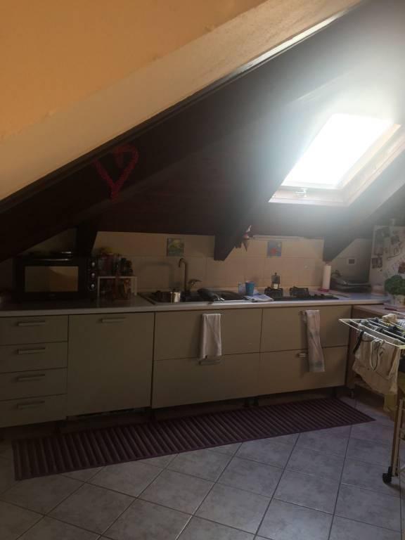 Appartamento in ottime condizioni in affitto Rif. 9270166