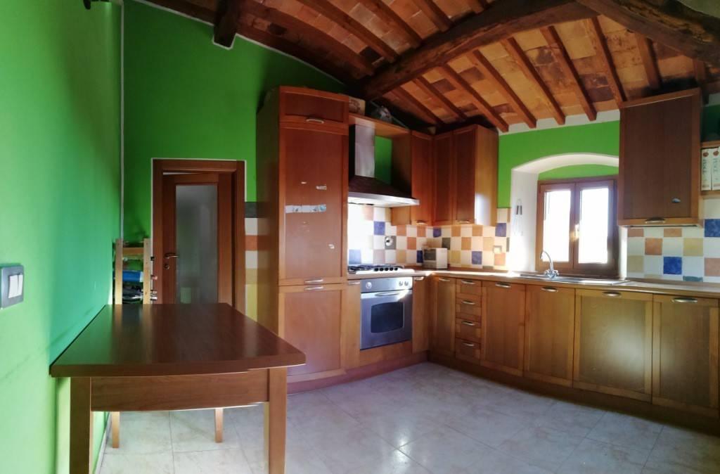 Appartamento in vendita a Rignano sull'Arno, 4 locali, prezzo € 130.000   PortaleAgenzieImmobiliari.it