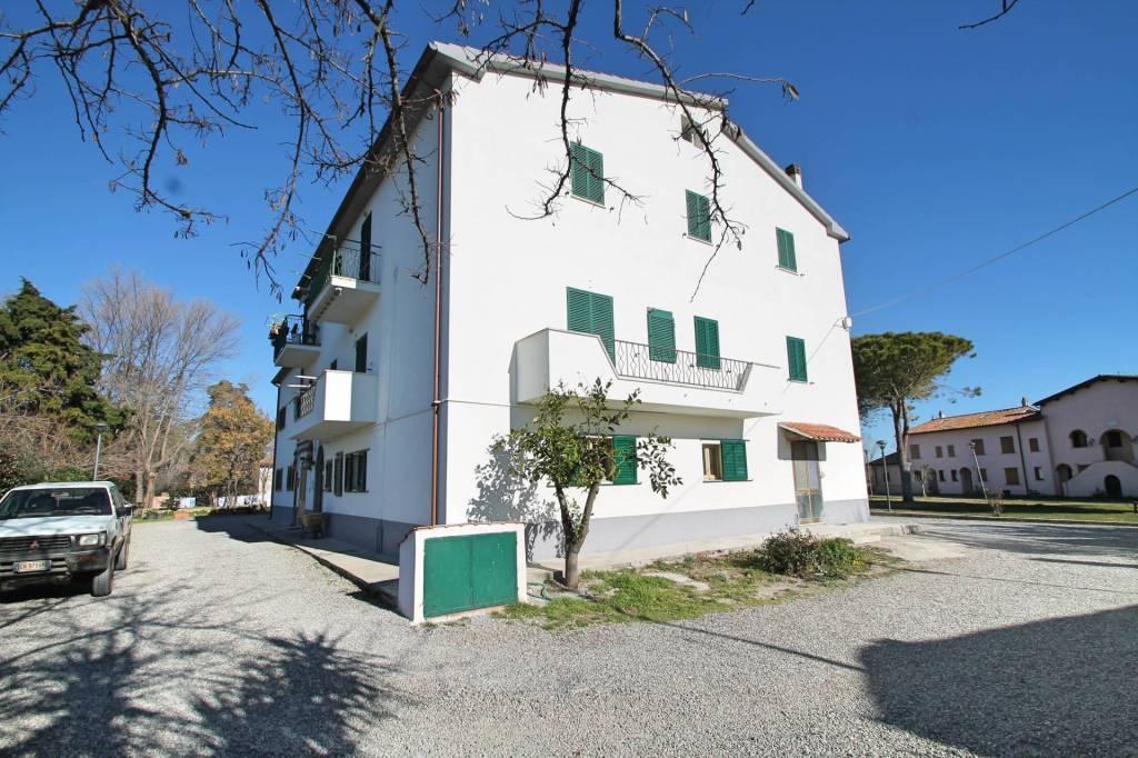 Appartamento da ristrutturare in vendita Rif. 9269548
