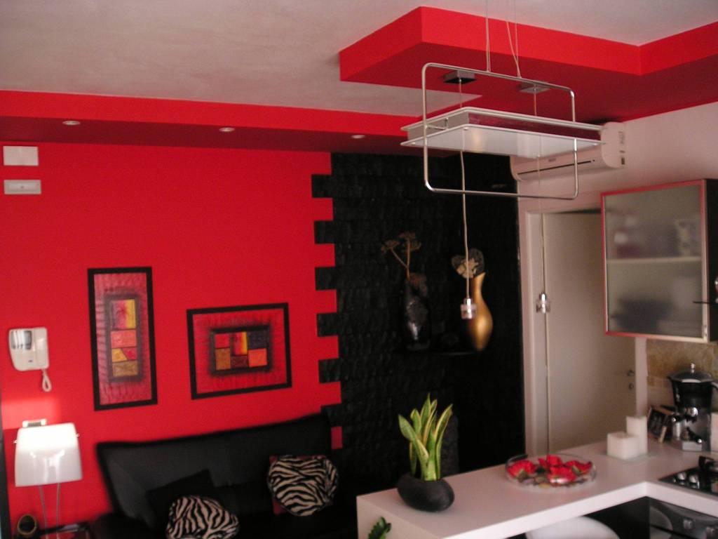 Appartamento in ottime condizioni in vendita Rif. 9269618