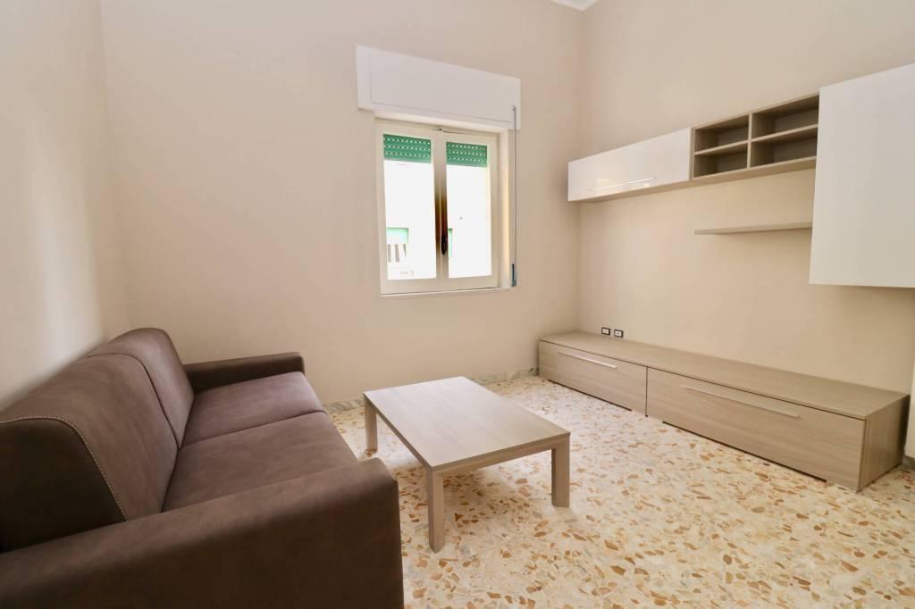 Appartamento in ottime condizioni arredato in vendita Rif. 9269039