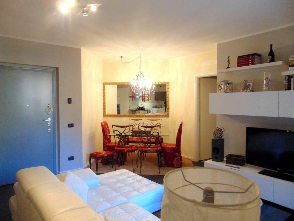 Appartamento in ottime condizioni in vendita Rif. 9269520