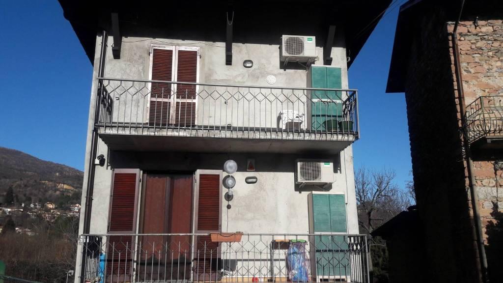 Soluzione Indipendente in vendita a Besano, 4 locali, prezzo € 240.000 | CambioCasa.it