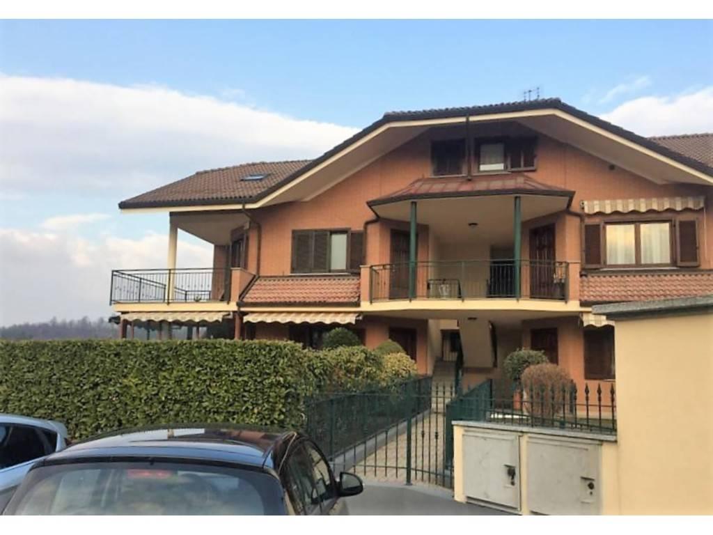 Appartamento in vendita a Bruino, 5 locali, prezzo € 96.000   CambioCasa.it