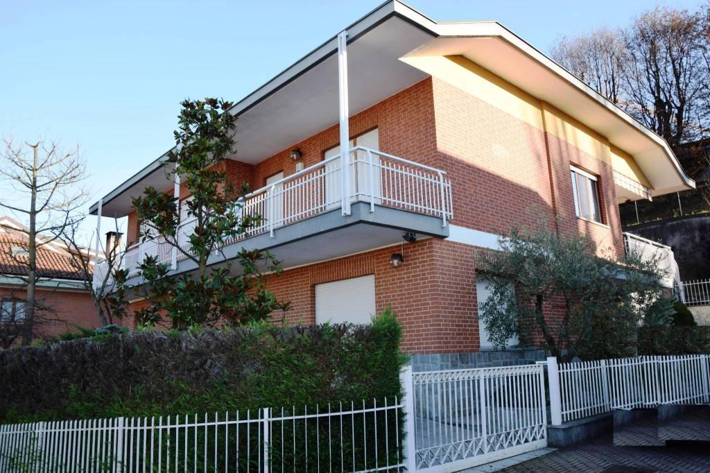 Appartamento in ottime condizioni in affitto Rif. 7946197