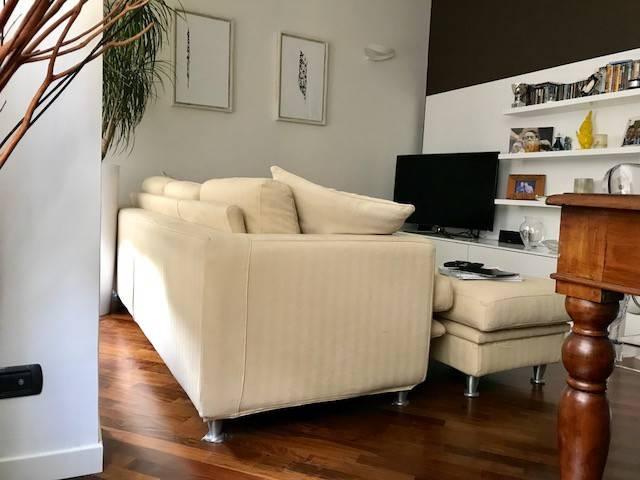 Appartamento in ottime condizioni in vendita Rif. 9289691