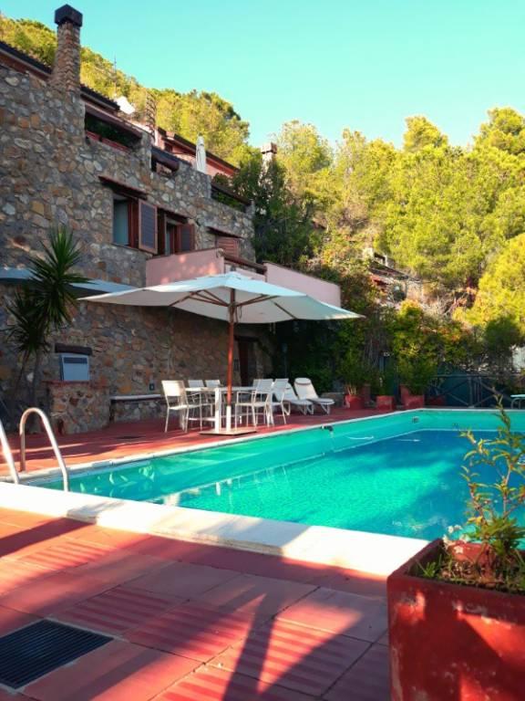 Villa in buone condizioni arredato in vendita Rif. 9290001