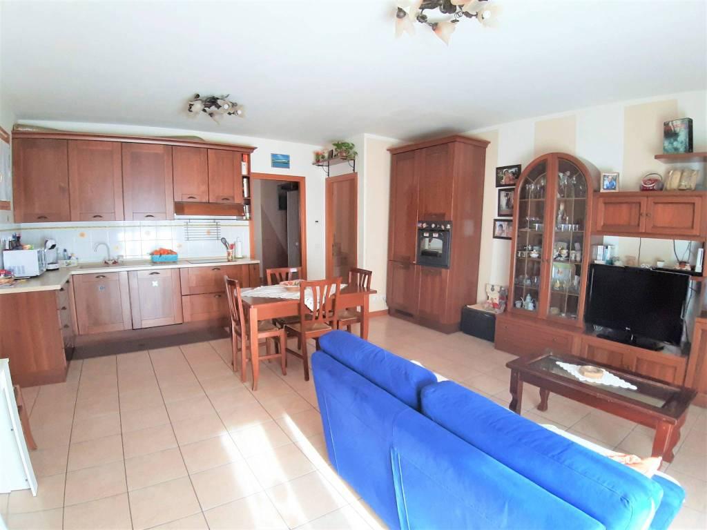 Appartamento in vendita a Villa Carcina, 4 locali, prezzo € 149.000 | PortaleAgenzieImmobiliari.it