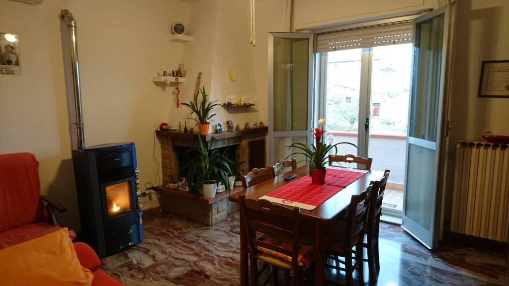 Torano appartamento in zona residenziale