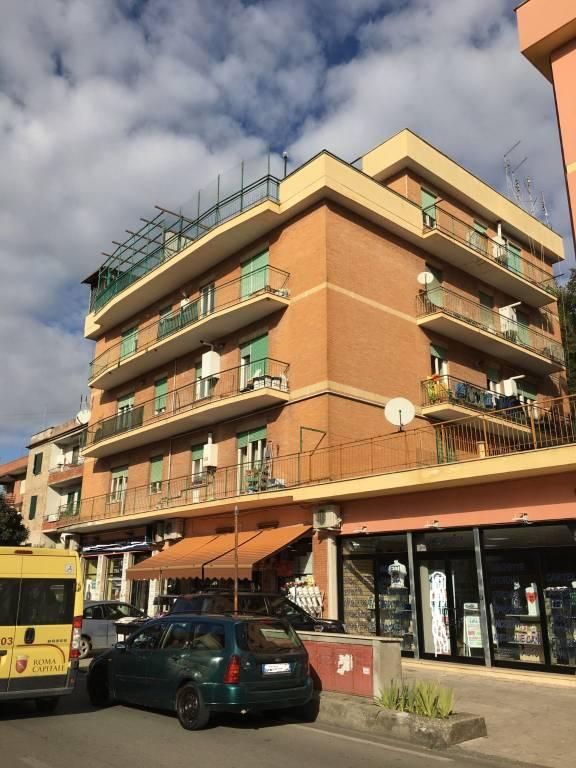 Appartamento in vendita a Roma, 3 locali, zona Zona: 33 . Quarto Casale, Labaro, Valle Muricana, Prima Porta, prezzo € 140.000   CambioCasa.it