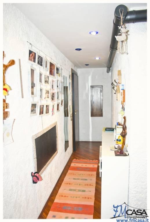 Appartamento in ottime condizioni in vendita Rif. 9289581