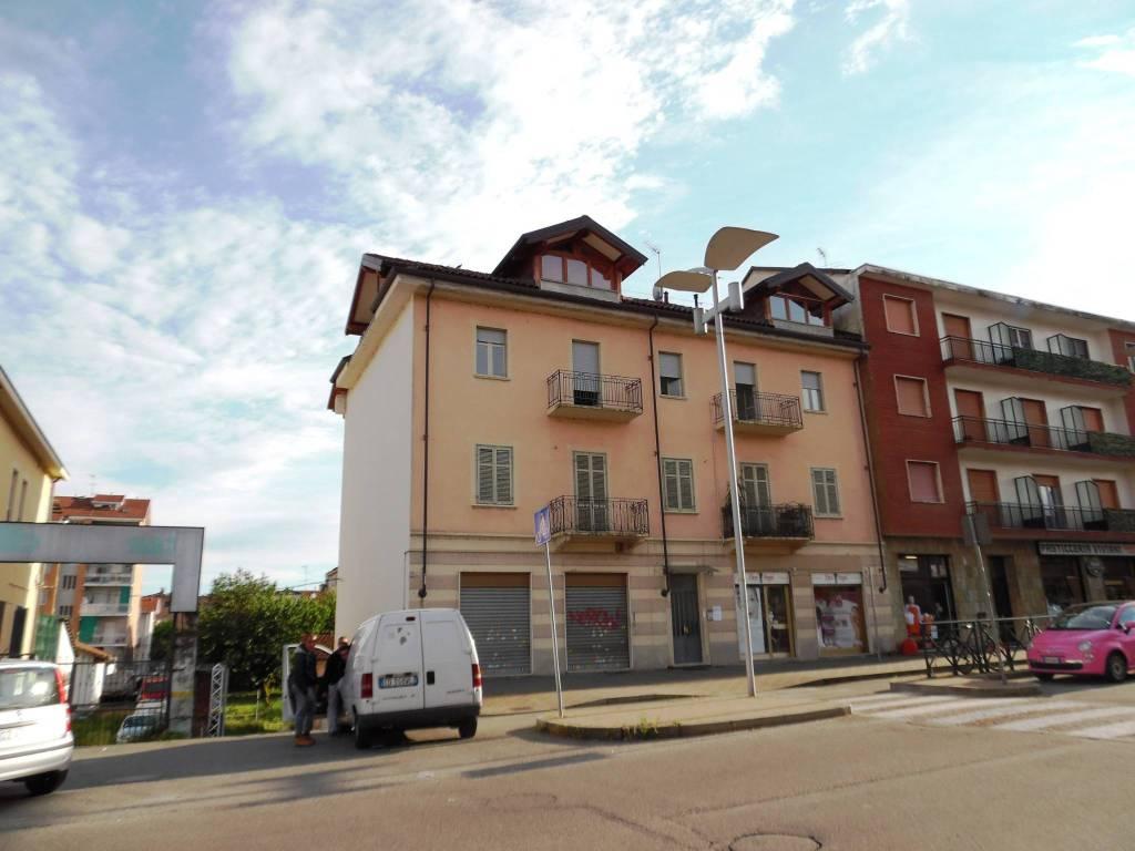 Appartamento in ottime condizioni parzialmente arredato in affitto Rif. 9287622