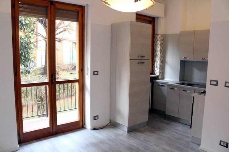 Appartamento in affitto a Alba, 4 locali, prezzo € 450 | CambioCasa.it