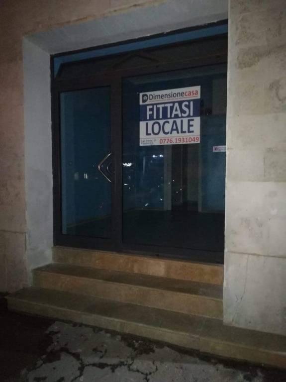 Locale commerciale, in centro, Cassino Rif. 9289896