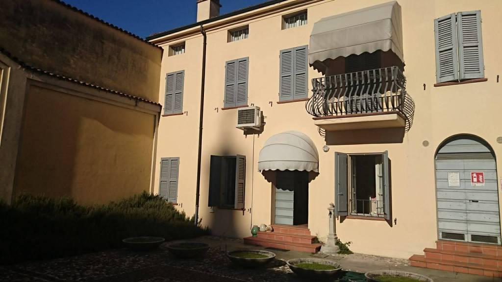 Casa Indipendente in ottime condizioni parzialmente arredato in vendita Rif. 9289105