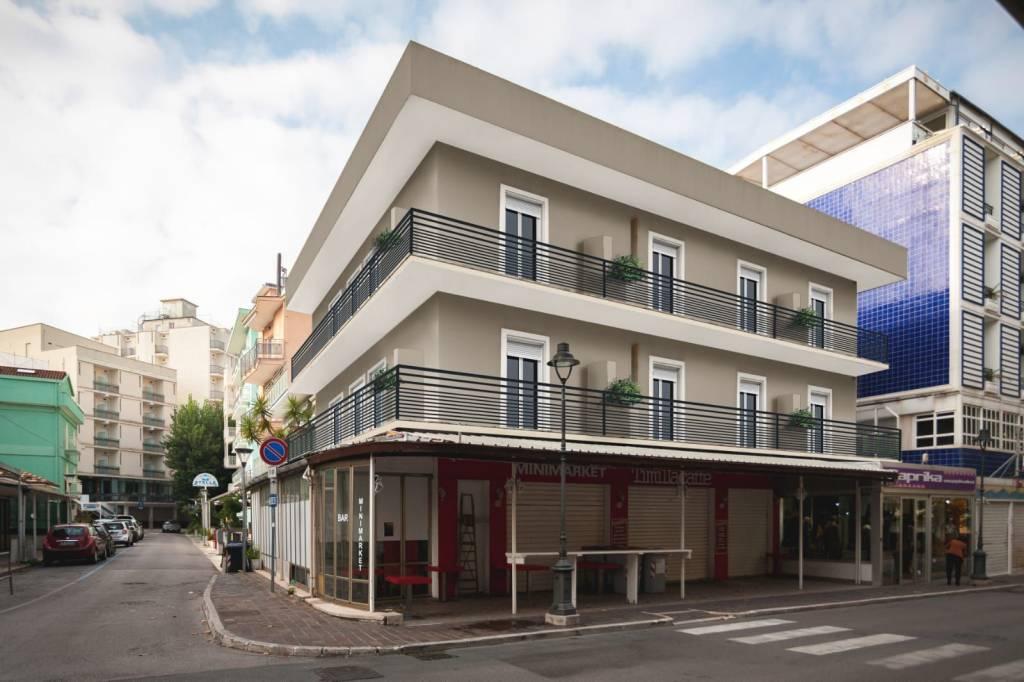 Appartamento in ottime condizioni in vendita Rif. 9286625