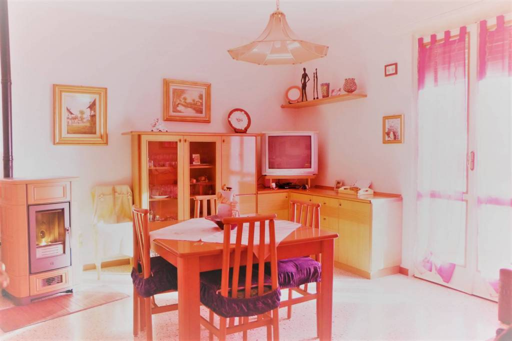 Appartamento in vendita a Marcheno, 4 locali, prezzo € 75.000 | PortaleAgenzieImmobiliari.it