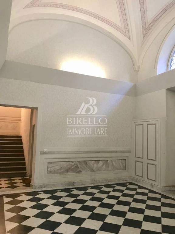 Appartamento in Vendita a Firenze Centro: 5 locali, 190 mq