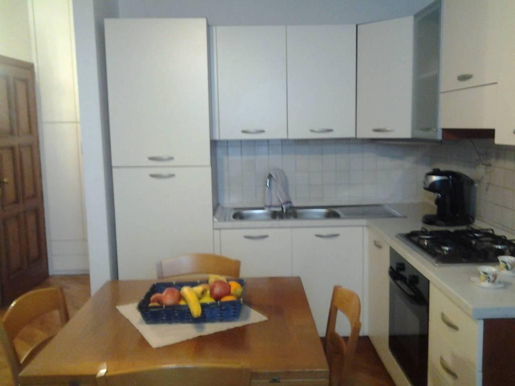 Appartamento in buone condizioni arredato in affitto Rif. 9291281