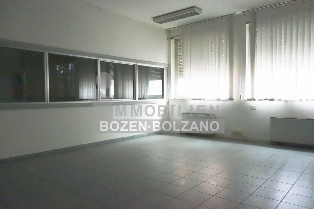 Ufficio/Laboratorio a Bolzano Sud da affittare Rif. 9286032