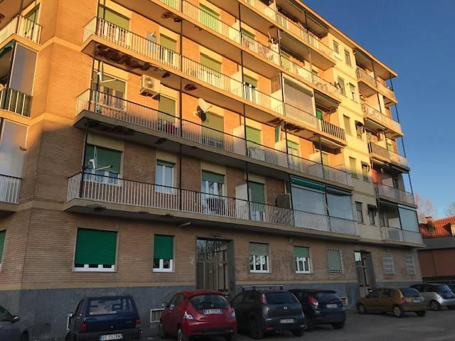 Appartamento in ottime condizioni in affitto Rif. 9305071