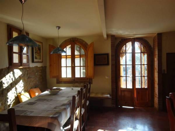 Appartamento in buone condizioni in vendita Rif. 9305287