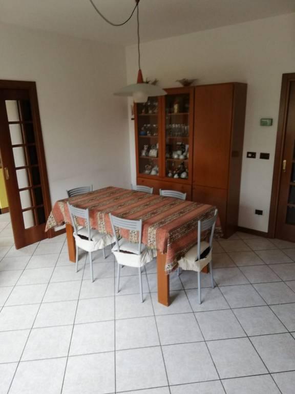 Appartamento in ottime condizioni in vendita Rif. 9306133
